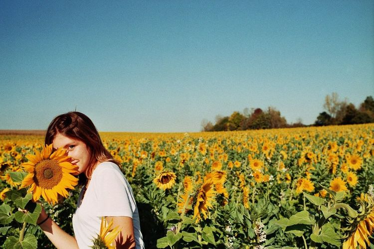 35mm film, canon F1, full manuel, no exposure modification no filter Argentique 35mm Film Amateurphotography Canonf1 Landscape Young Women First Eyeem Photo