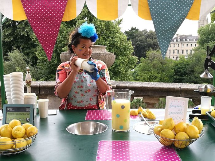 Lovely Lemonade for You? Paint The Town Yellow Drink Fruit Real People Food And Drink Freshness Healthy Eating One Person Outdoors Adult Lemonade Streetfood Drink Lemonade City Of Bath Food Stories