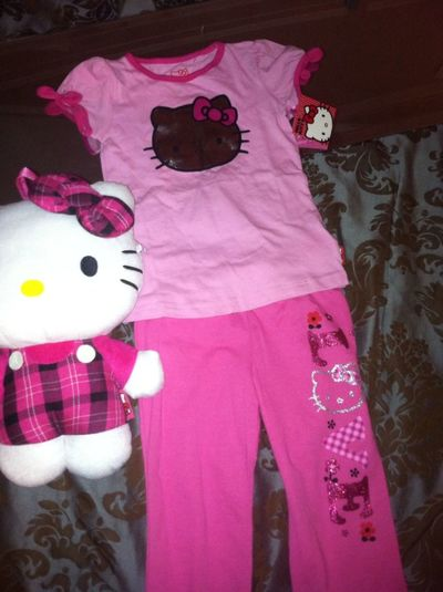 Wat I bought my niece for her bday tomorrow