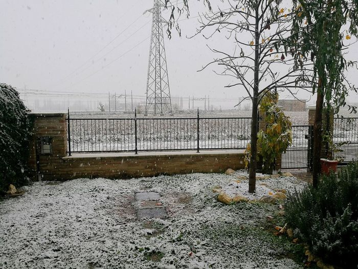 The First Snow Happy Winter Day Crevalcore 13/11/2017 👍🙌❄❄❄❄❄