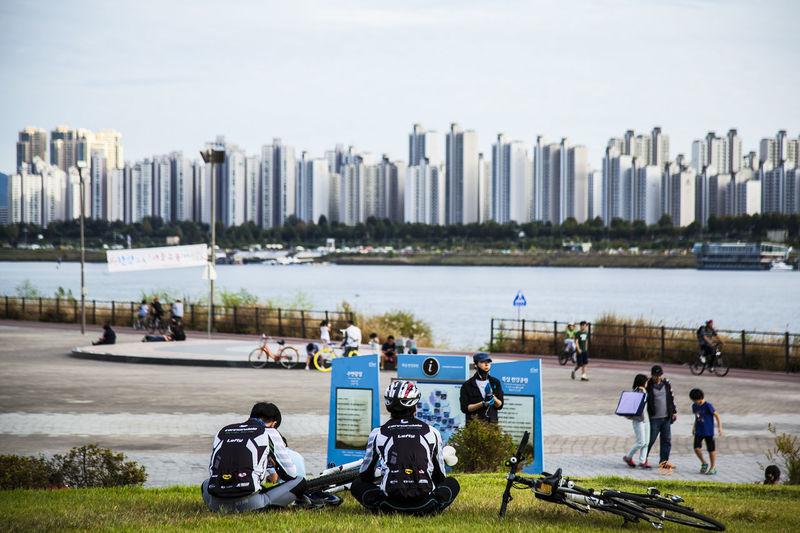 Ddukseom Bicycle Rest Han River Riverside Seoul Korea