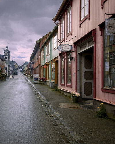 This is the city where some of the scenes in Pippi Longstocking was recorded..Røros Norway Streetphotography Village Life Village Architecture Travel Traveling EyeEmbestshots EyeEm Best Edits EyeEm Best Shots EyeEm Gallery EyeEmBestPics Neighborhood Map The Street Photographer - 2017 EyeEm Awards