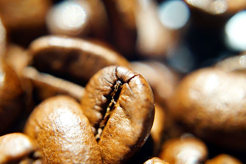 coffee Bohnen Brown Close-up Coffee Beans Coffee Time Colors Food Kaffee Kaffeebohne Kaffeebohnen Kaffeezeit Macro Still Life