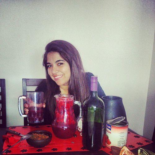Borgoña y pebre... Cómo pretenden que yo que lo crié de potrillo...(8) 18DeSeptiembre Chile Sister Iquique wine vino borgoña