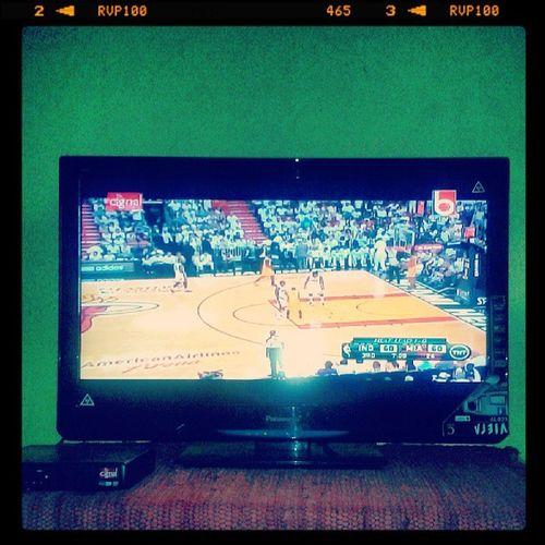 watching NBA..... MiamiHeats Vs Indianapacers