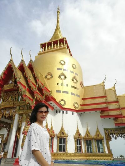 BUDDHISM IS LOVE Thai Temple Buddhist Temple Thai Culture City Portrait Beauty Place Of Worship Smiling Spirituality Gold Colored Religion Ancient Gold Shrine Pagoda Stupa Temple - Building Buddhism Religious Offering Praying Civilization