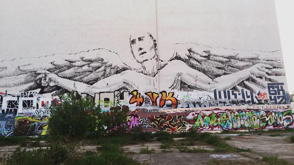 Angel Graffiti Berlin Streetart