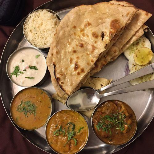 Late dinner 😋😋😋 Northindia Thali Jaipur Rajasthan