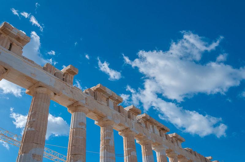 Detail of doric columns of the parthenon in the acropolis, athens, greece