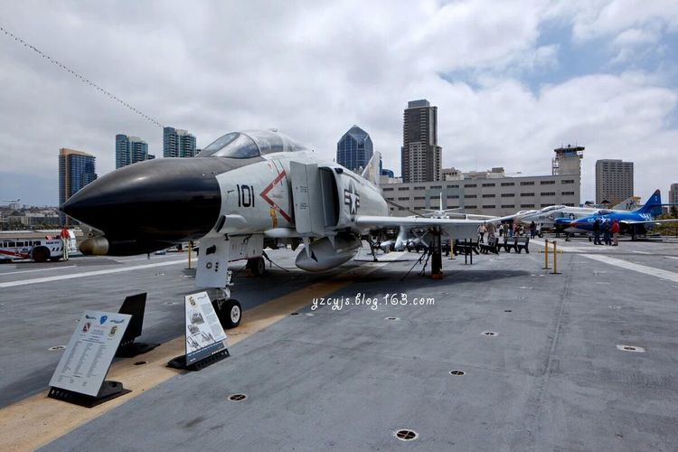 USS Midway Aircraft carrier, in Santiago, America Hello World First Eyeem Photo Traveling Photography USA Canon 5D Mark II Cityscapes