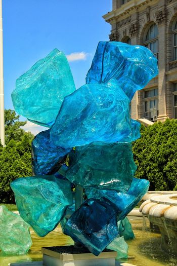 Chihuly Chihulygardenglass Outdoors Sculpture Glass Fountain Architecture Blue
