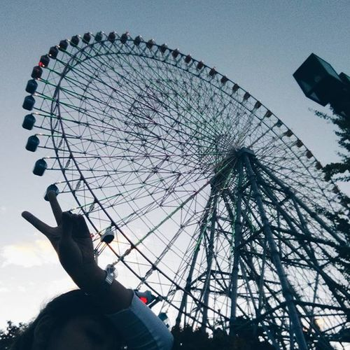 Fear doesn't shut you down. It wakes you up. - Divergent 🎡 VSCO Vscocam Travel SamTravels Osaka, 2015 International travel number 7 💙